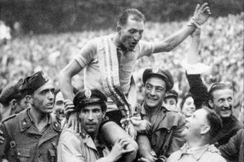 Vittoria-al-Giro-dItalia-del-1946-1